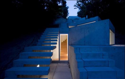 Alvaro Leite Siza / Tolo House