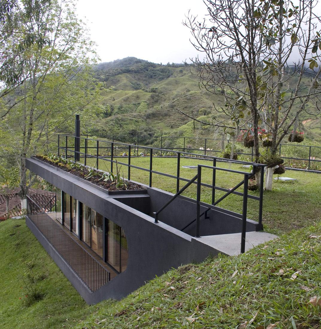 refugio-1-08 shelter 01