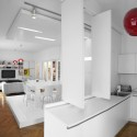 White Apartment / Parasite Studio