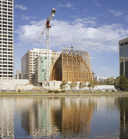Construction process of the The Cathedral of Christ the Light / SOM