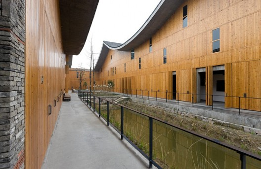 New Academy of Art in Hangzhou / Wang Shu, Amateur Architecture Studio (6)  Iwan Baan