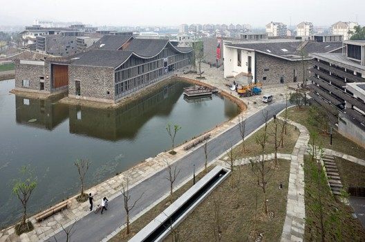 New Academy of Art in Hangzhou / Wang Shu, Amateur Architecture Studio (9)  Iwan Baan