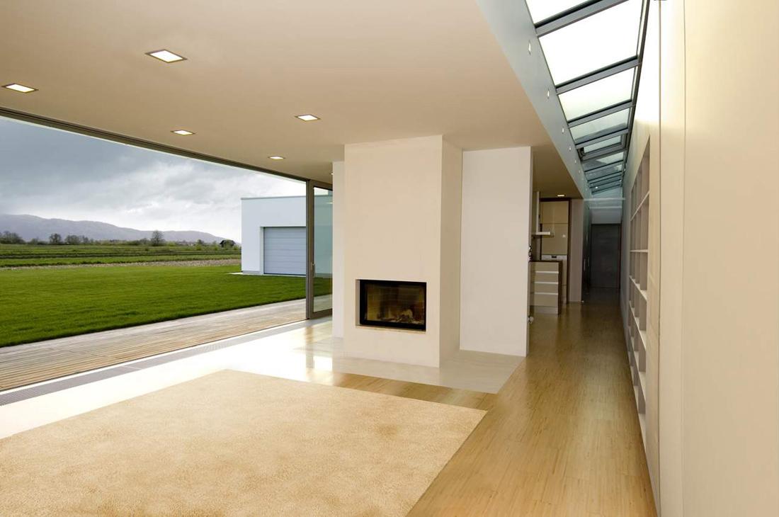 ... , tales como la entrada, cocina, salu00f3n, dormitorios y talleres