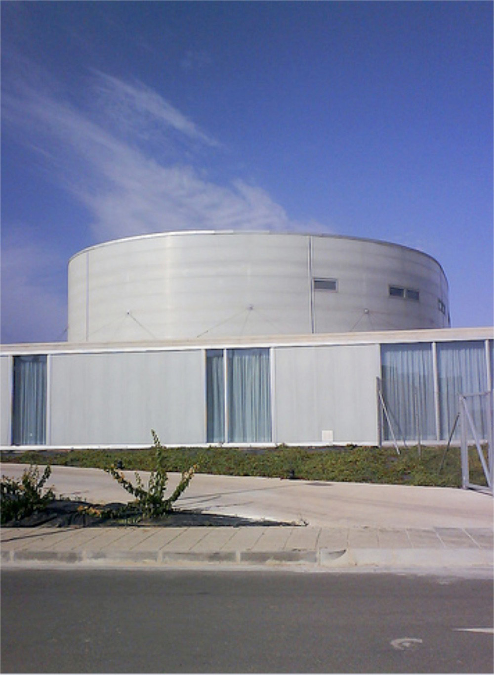 Santa Rita Geriatric Center / Manuel Ocaña