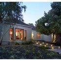 Westwood Residence / CHA:COL