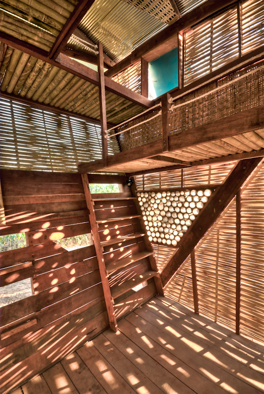 Soe Ker Tie House / TYIN Tegnestue