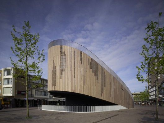 Roosendaal Pavillion / Ren van Zuuk Architekten