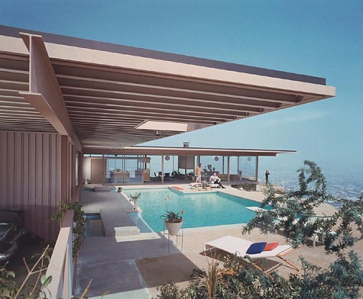 Case Study House #22, (daytime pool), 1960 Los Angeles, CA / Pierre Koenig, architect    Julius Schulman