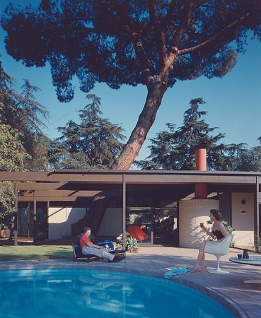 Case Study Home #20 / Bass House, 1958 Altadena, CA / Buff, Straub and Hensman, architects    Julius Schulman