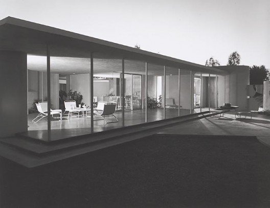 Drake House, 1952 Phoenix, AZ / Blaire Drake, architect    Julius Schulman