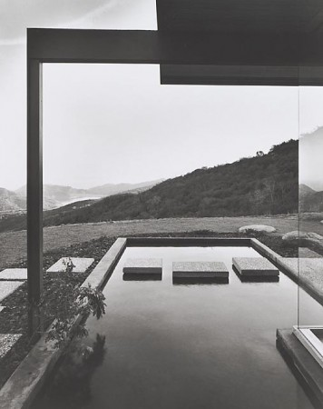 Singleton House, 1960 Los Angeles, CA  / Richard Neutra, architect    Julius Schulman