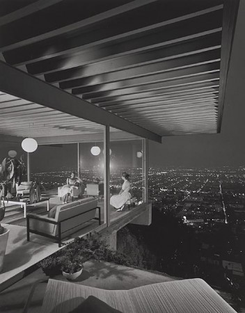 Case Study House #22, 1960 Los Angeles, CA / Pierre Koenig, architect    Julius Schulman