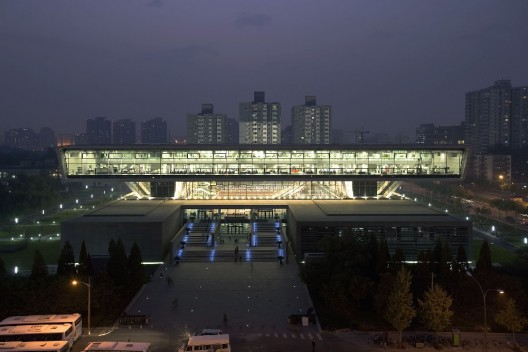 new_national_library_beijing_night