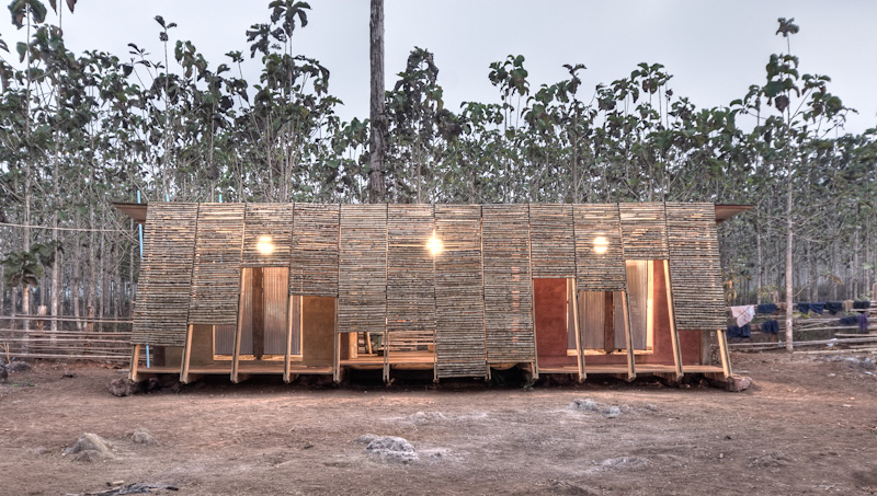Safe Haven Bath house / TYIN Tegnestue