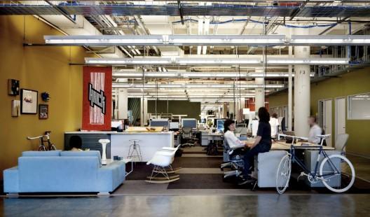 1252464965-facebook-offices-palo-alto-05