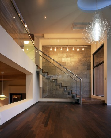 1252508366-staircase-from-living-area-to-upper-level