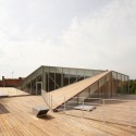 1253032672-tank-architectes-mediatheque-proville-06