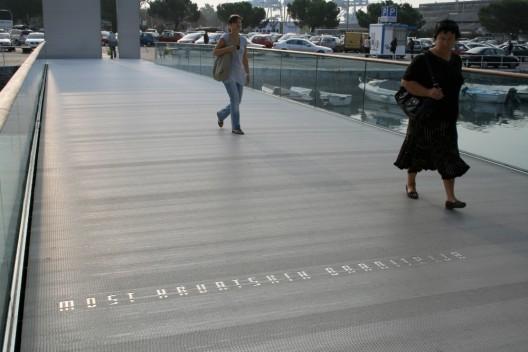 Memorial Bridge / 3LHD