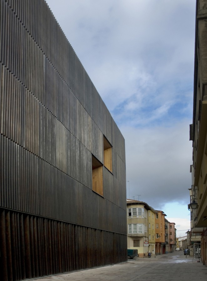 Archaeology Museum of Vitoria / Francisco Mangado