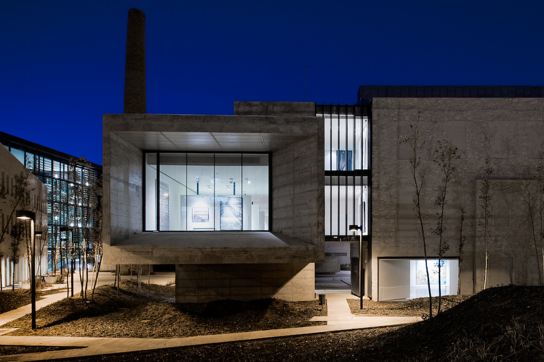 Architecture Of The Day Qbn - Mo-house-by-lvs-architecture-jc-name-arquitectos