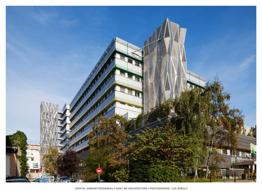 Paris children Hospital&#8217;s cases / BP Architectures