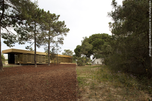General view of the wooden pavilion © Leonardo Finotti