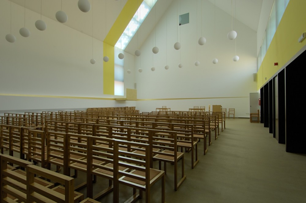Pope John Paul II Hall / Randić & Turato
