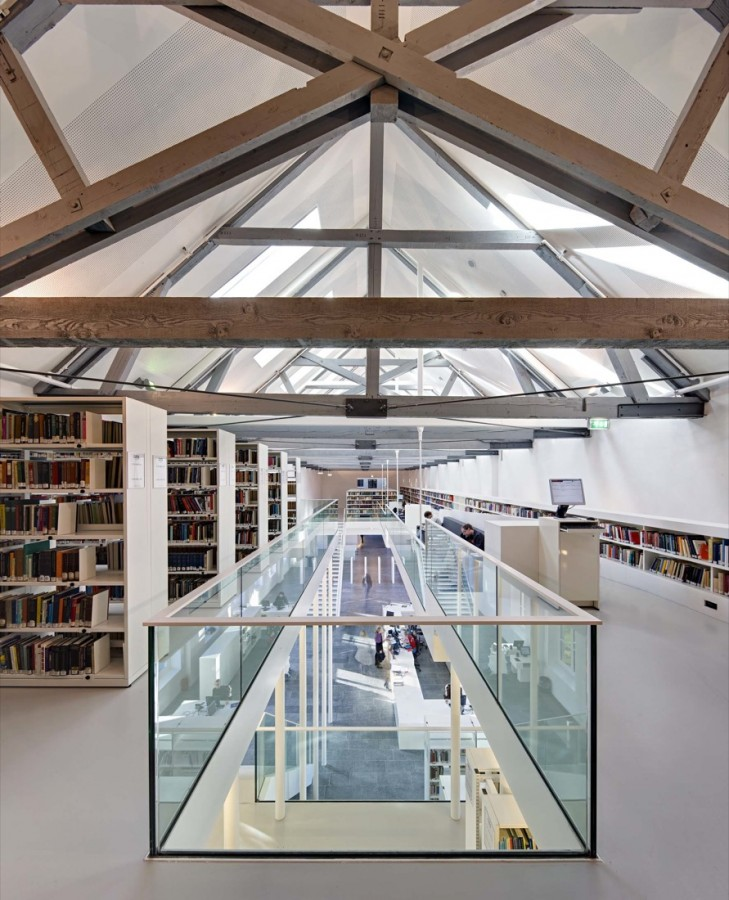 University library Utrecht / Grosfeld van der Velde Architecten