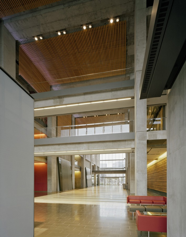 Manitoba Hydro / KPMB Architects