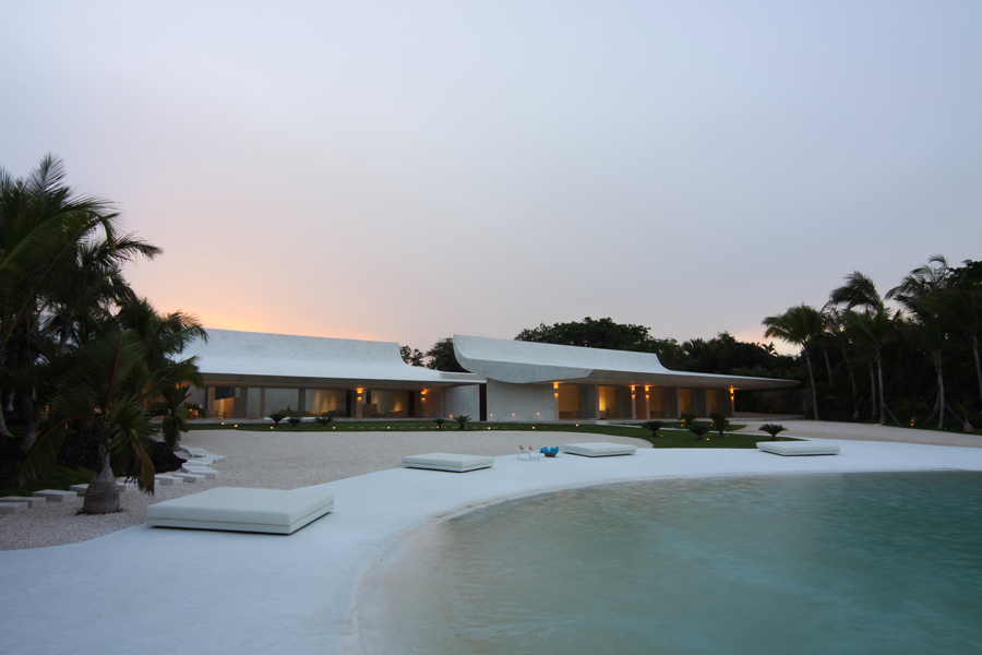 House in Casa de Campo / A-cero