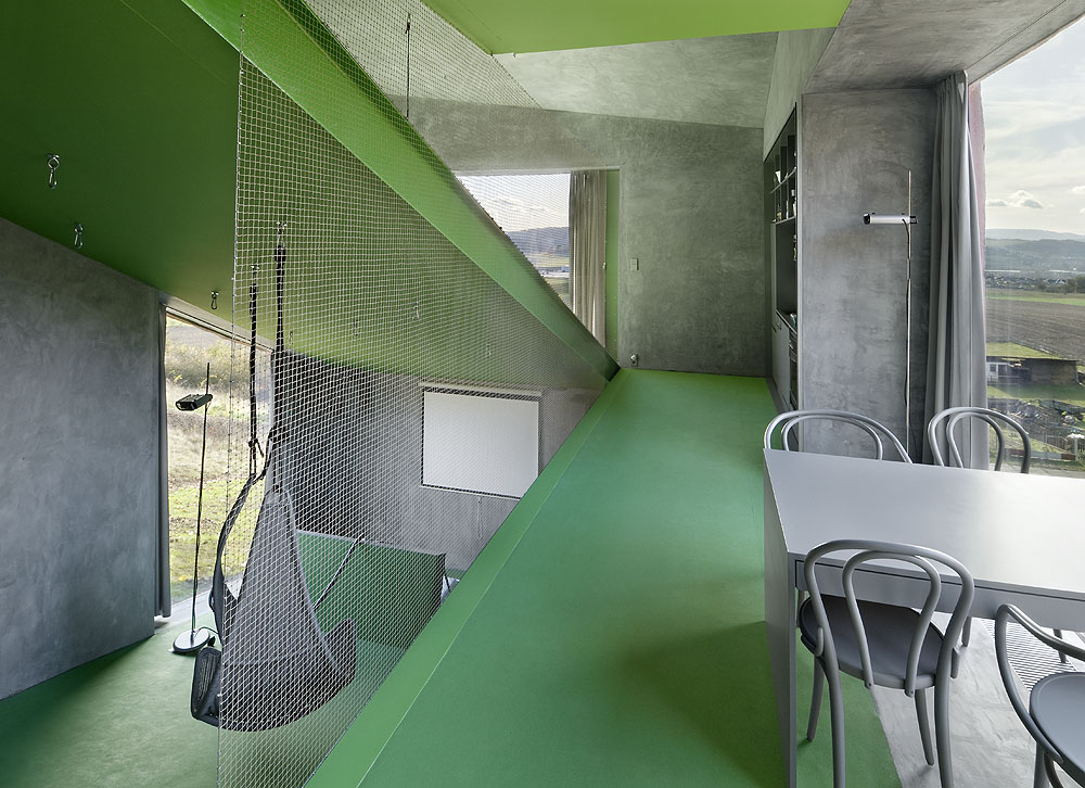 http://www.archdaily.com/wp-content/uploads/2009/12/1261598219-r0608.jpg