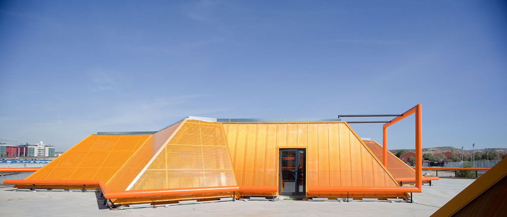 Rivas Vaciamadrid Youth Center / Mi5 Arquitectos