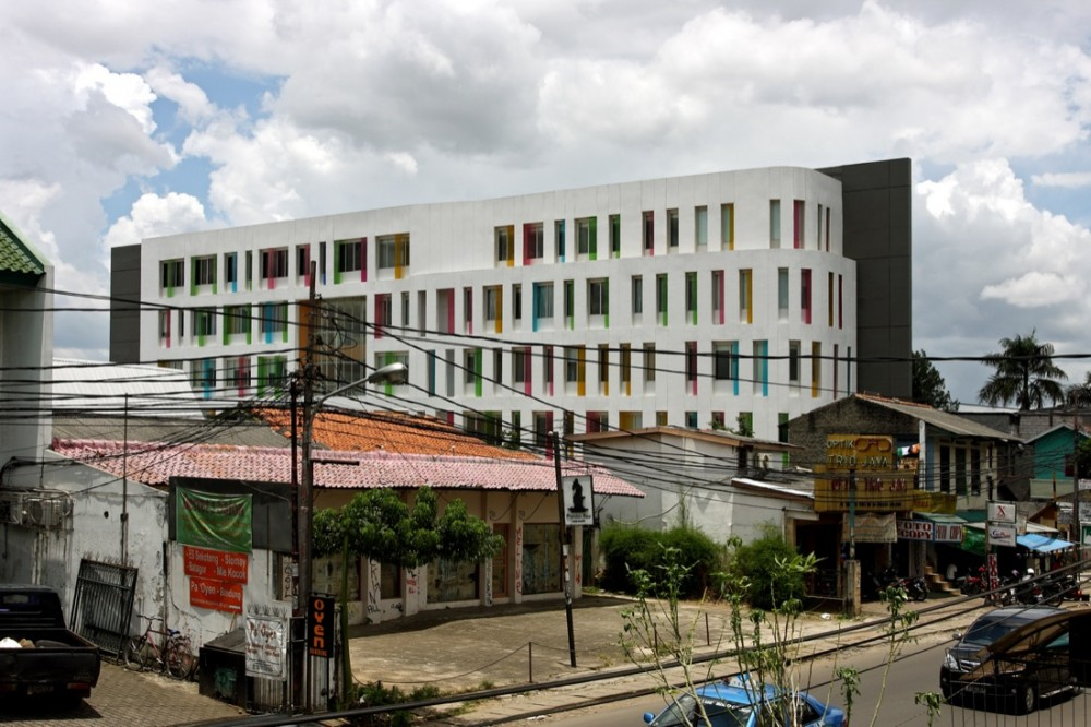 Kemang Medical Care / Aboday Architects