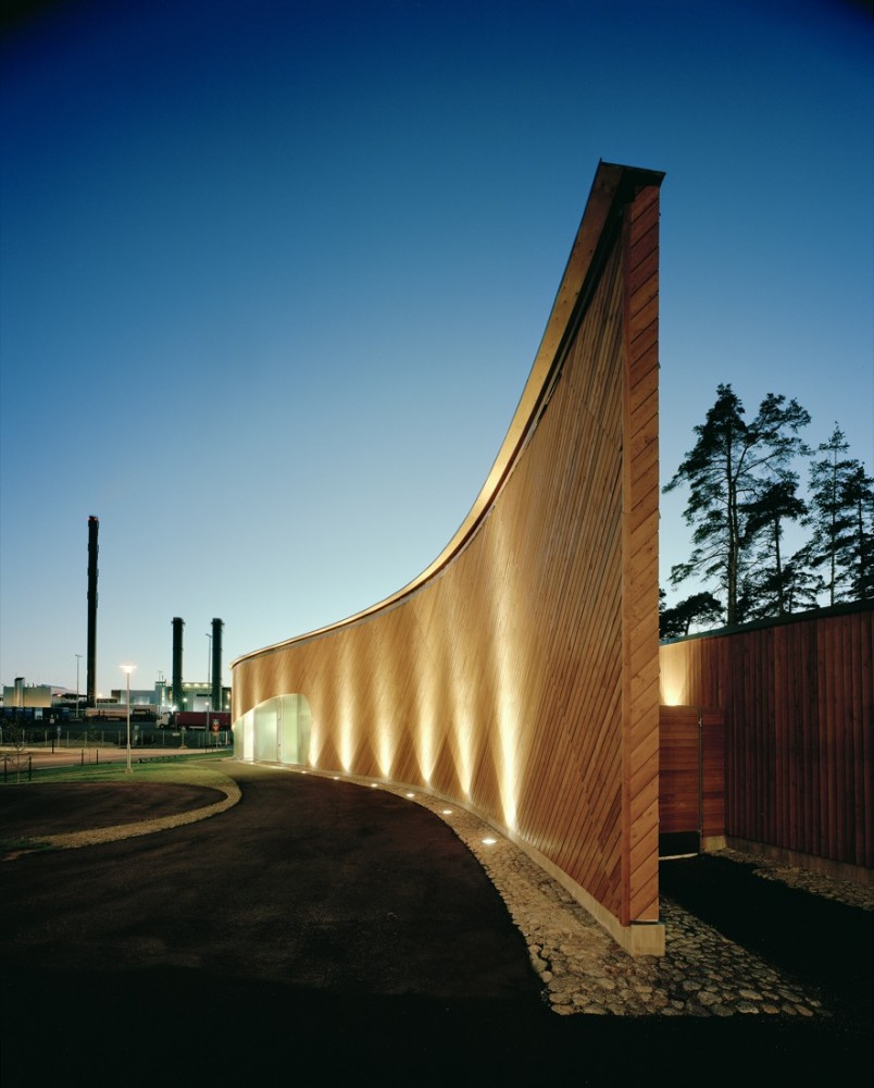 http://www.archdaily.com/wp-content/uploads/2010/02/1265034623-arm13-804x1000.jpg