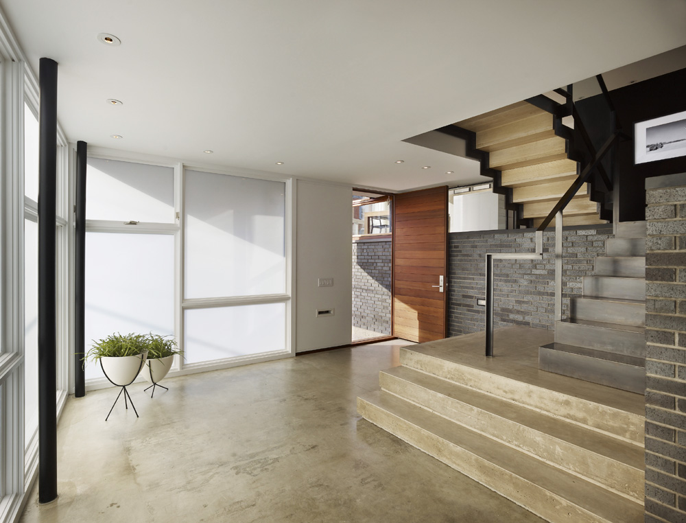 Split Level House / Qb Design