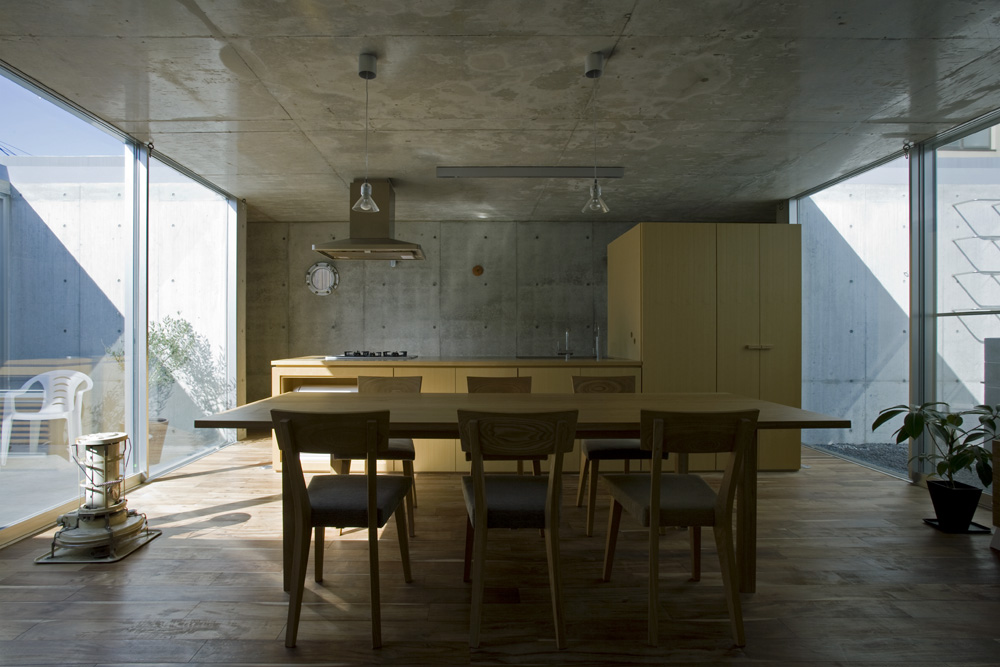 MON Factory/House / EASTERN Design Office