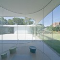 Glass Pavilion at the Toledo Museum of Art / SANAA Pritzker Prize 2010 © Iwan Baan