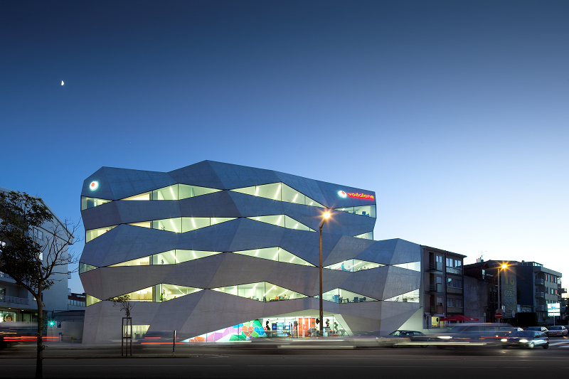 Vodafone Headquarters / Barbosa & Guimarães