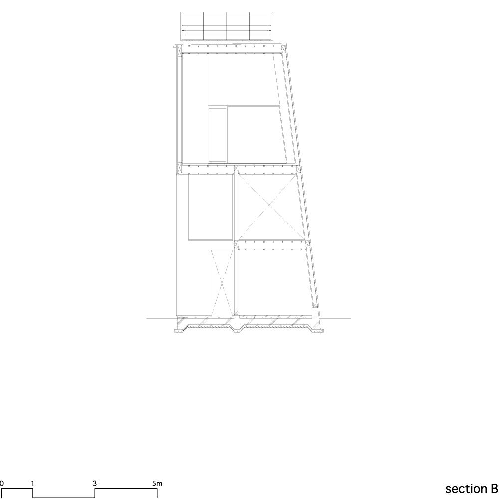 House in Matsubara - Ken'ichi Otani Architects section 02