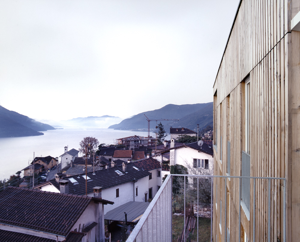 Casa Larga / Daniele Claudio Taddei