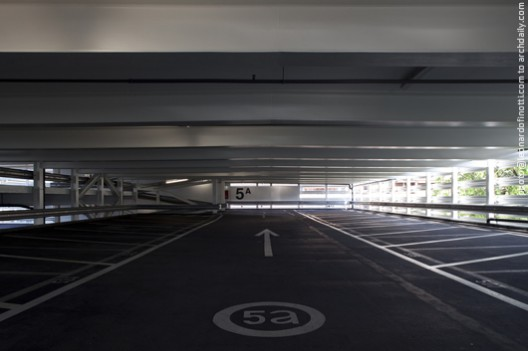 View of the parking area © Leonardo Finotti
