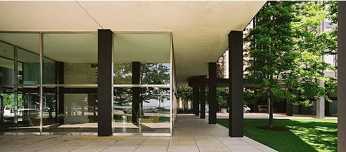 Lake Shore Drive Apartments - Rohe - Interior