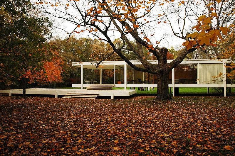 AD Classics: The Farnsworth House / Mies van der Rohe