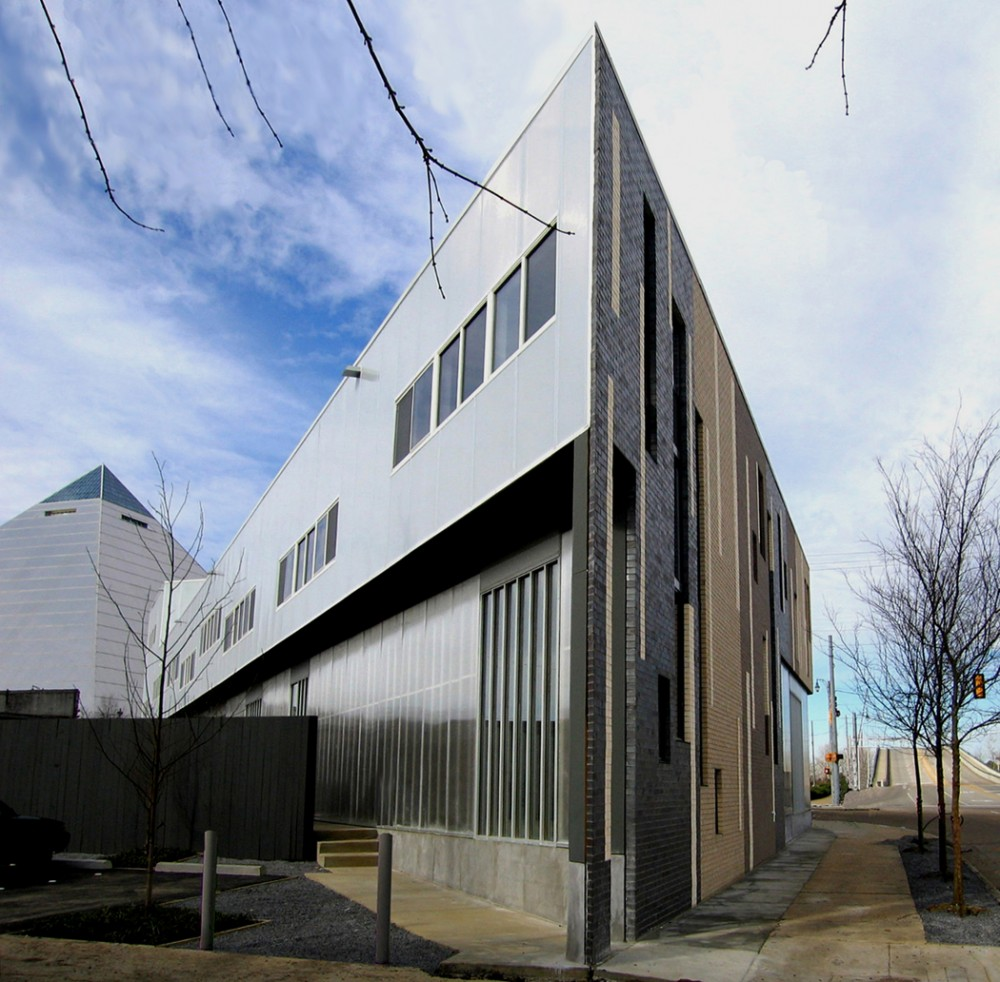 Trapezoid / buildingstudio