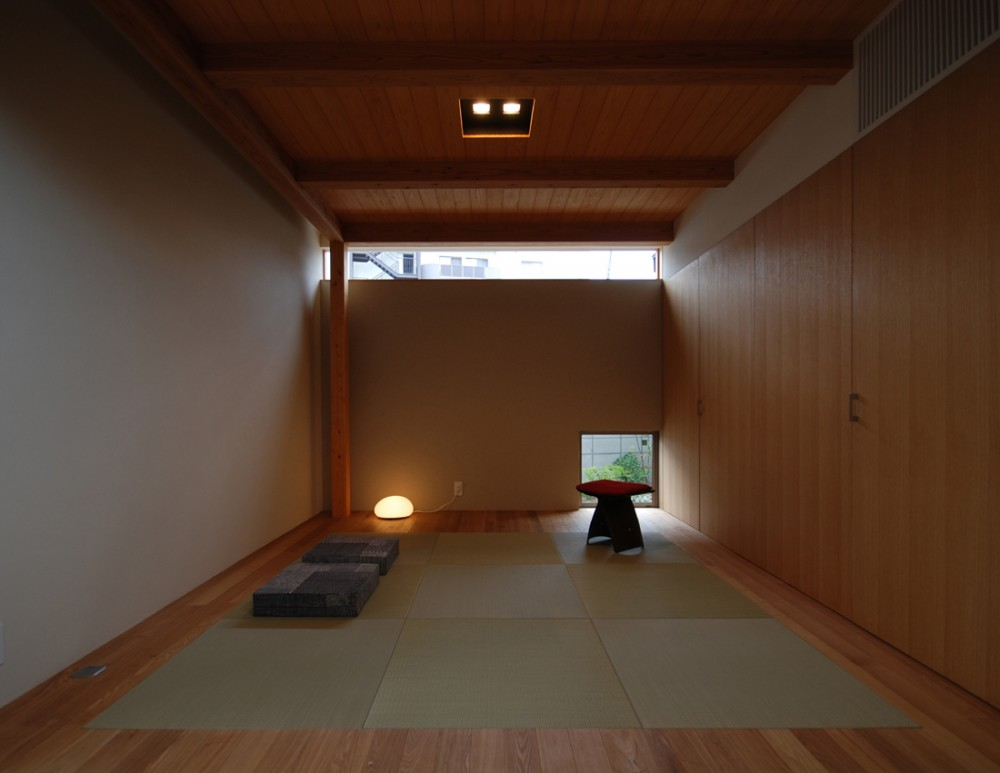 Residence in Tsuruhara / Matsunami Mitsutomo