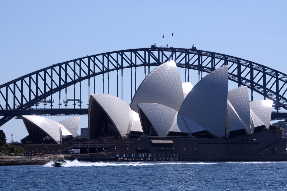 AD Classics: Sydney Opera House / Jrn Utzon