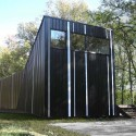 Pinstripe house - buildingstudio  Anastasia Laurenzi