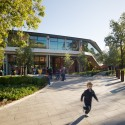Adelaide Zoo Entrance Precinct - Hassell © Peter Bennetts