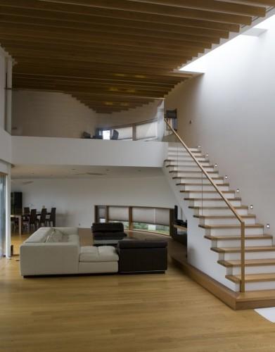 Scissor house bcho architects archdaily - Imagenes de escaleras de caracol ...