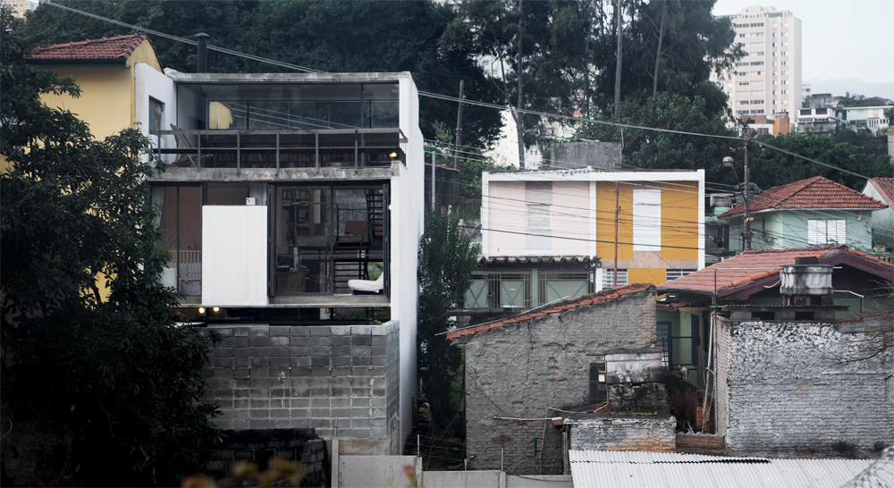 Juranda House / Apiacs Arquitetos